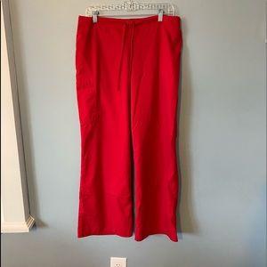 🚨 RED SCRUB PANTS 🚨